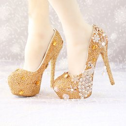 $enCountryForm.capitalKeyWord Canada - Glitter Gold Rhinestone Wedding Shoes 5 Inches High Heel Party Pumps Bling Diamond Evening Prom Heels Celebrity Function Shoes