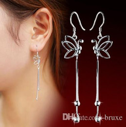 China High quality Female butterfly ear wire earrings wholesale jewelry earrings earrings wholesale manufacturers mixed batch quality cheap rhodium plated ear wires suppliers