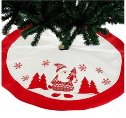 embroidered soft toys 2020 - 90cm Red Embroidered Tree Skirt Apron Xmas Decoration New Year Home for Home Natal Navidad Ornament High quality embroid