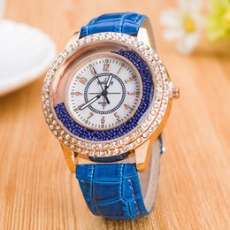 $enCountryForm.capitalKeyWord Canada - Gogoey Watches Women Rhinestone Luxury Leather Strap Lady Dress Quartz Wrist Watch Girl Student Best Gift