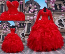 Veste En Perles Rouges Pas Cher-Robe de bal rouge avec manches longues Bolero Sweetheart Lace Up Boucles d'oreilles en mousseline de soie 16 Robes de bal Printemps 2016 Robes de quinceanera avec une veste
