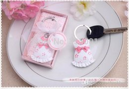 baby shower favor gift and giveaways for guest cute baby themed pink key chain wedding favor party souvenir 30pcs lot