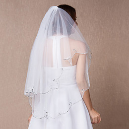 Small Veils Canada - Hot Sell Beautiful Bridal Veils with Delicate Crystals and Attractive Shining Small Beads Stunning Two Layers Tulle Wedding cheap new style