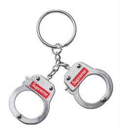 fahion new handcuffs keychains the hot 17FW keychain on Sale