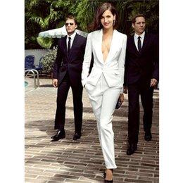 Los uniformes de la oficina de la mujer diseñan los trajes blancos para las mujeres, las chaquetas del traje de negocios de las mujeres blancas y la personalización de los pantalones en venta