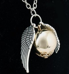 Polished Pendant Canada - vintage Bronze Carved angel wings necklace polish Mirror surface bead pendant Children Specular ball necklace 2017 Hot x070