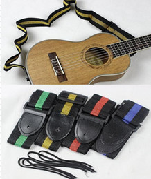 Vente en gros 4 couleurs pour les choix 10pcs / lot Abordable et Durable Nylon + Cuir Strap De La Guitare Ceinture Accessoire Couleur Aléatoire
