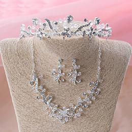 $enCountryForm.capitalKeyWord NZ - Elegant Handmade Bride Ornaments Flower Design Bridal Crystal Jewelry Sets Beautiful Wedding Dress Accessory Party Prom Neckalce