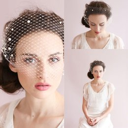 nice romantic flower Canada - Romantic Beautiful Nice Bridal Lady Bridal Short Face Veils Accessories Beading Pearls Handmade Flowers Net Bridal Veils CPA126