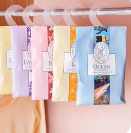 Awesome Hanging Type Natural Spice Sachet Wardrobe Closet Deodorizing Aromatherapy  Sachet Bag Mold Pest Control A313