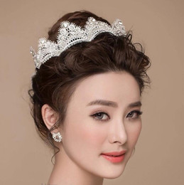 cheap silver combs 2019 - Bridal Hair Comb Tiaras Crowns Wedding Hair Jewelry neceklace,earring Cheap Wholesale Fashion Girls Evening Prom Accesso