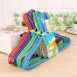 $enCountryForm.capitalKeyWord NZ - 10pcs   lot The new type of nano - dip plastic clothes rack with a groove, non slip clothes rack, dry wet and dry clothes hanger