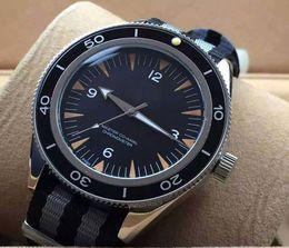 Hombres de lujo Relojes deportivos 300 Coaxial 45 mm Película James Bond 007 SPECTER LIMITED Vidrio trasero Reloj automático mecánico Reloj banda en venta