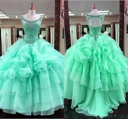 Filles Sexy Habillées De Dentelle Pas Cher-Green Ball Gown Quinceanera Robes Scoop Major Perles Volants Jupe Sexy Back Lace Up Girls Pageant Robe Pour Les Adolescents Tulle Robes De Fête