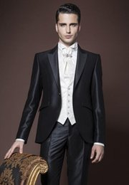 $enCountryForm.capitalKeyWord Canada - handsome New Arrival Slim Fit Groom Tuxedos Peak Lapel Men's Suit Shiny Black Groomsman Best Man Wedding Prom Suits(Jacket+Pants+Vest)