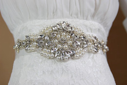 Luxury Rhinestone Beaded Wedding Dress Canada - Handmade Pearl Rhinestone Crystal Dress Belt for Wedding Luxury Satin Bridal Waist Sash Wedding Dress Belt Wedding Accessories