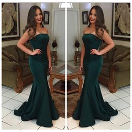 Barato Barato Strapless Cetim Longo Vestidos-Dark Green Strapless simples vestidos de baile 2018 Long Mermaid Sweep Train Satin Evening Party Dress Cheap Gown