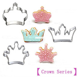 cutters press cookies 2019 - 3 pcs set Crown Series]Stainless Steel Cookies Mold Cutter 3D Biscuit Press Fondant Moldes Galletas Chocolate Mooulds ch
