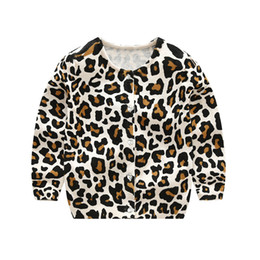 Barato Blusas De Malha-Kids Knitted Leopard Cardigan O-neck Botões de cristal Single Breasted Leopard Printed Sweater Primavera Outono Baby Boy Girls 2-6T