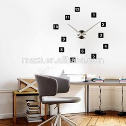 Max3 Wholesale Home Decor Acrylic Wall Clock Designer Wall Clocks Online