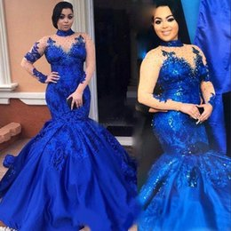 Barato Trombeta De Sereia De Lantejoulas-Alto Pescoço Royal Blue Prom Vestido Mermaid Illusion Long Sleeve Sequins Applique Ruffles Trumpet Evening Gowns Custom Plus Size Party Dress
