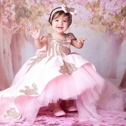 Barato Vestido De Baile Alto Vestido Baixo-Princess Pink Flower Girl Vestidos High Low Beaded Little Girls Vestido Dressing Ball Gown Tiered Backless Sequined First Communion Gowns