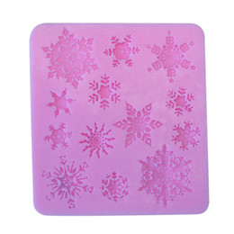 China Wholesale- Hot Sale Diy Baking Tools 9.5*8.5cm Snowflake Silicone Mold Chocolate Ice Cube Mold Snowflake Biscuit Mold supplier icing tools suppliers