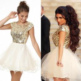 74edceb31 Impresionantes vestidos de graduación con lentejuelas doradas mangas una  línea de joya escote vestido de fiesta barato corto mini prom vestidos para  la ...