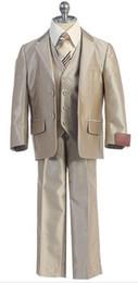 $enCountryForm.capitalKeyWord Canada - Hot sales of children's wear formal attire of the boy three-piece suit lapel two button man festival dress formal occasions