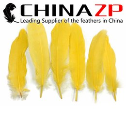 Dyed Goose Feathers Wholesale Canada - Exporting from Leading Supplier CHINAZP Crafts Factory 10~15cm(4~6inch) Length Good Quality Dyed Yellow Goose Wing Feathers for DIY