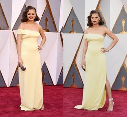 Robe De Célébrités Pas Cher-2016 Andra Day The 88th Oscar Awards Gaine Robes de soirée Light Yellow Une épaule Longueur au sol Robes formelles Prom Party Celebrity Gowns