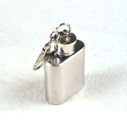 $enCountryForm.capitalKeyWord Canada - Mini portable Hip Flasks Keychain 1oz Stainless Steel Whisky Liquor Alcohol Pocket Hip Flask Flagon oil bottle with Keychains 240252