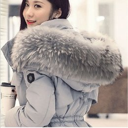 Manteau De Longues Femmes Pas Cher-Luxe / Temperament Big hair necklace Europe Station 2015 Femmes Nouveau 90% blouson blanc vers le bas Fox Fur Veste en peau de mouton Long Coat Winter Jacket