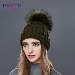 e445c0e40e1 Enjoyfur Knitted Wool Hat For Women Real Raccoon Fur Pompom Thick Warm Women  S Caps Good Quality Hats For Autumn Winter Skullies Beanies