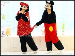 Nouveaux Costumes De Minnie Mouse Pas Cher-Vente en gros-Nouvelles Arrivée flanelle Adultes Costumes animaux Pyjamas Pyjama Anime cosplay Cartoon unisexe adultes Onesies Mickey Minnie Mouse
