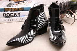 Male Style Boot Shoes Canada - Retrostyle England Style Mens Motorcycle Boots Zebra Stripes Martin Boots Black Male Shoes Genuine Leather Buckle White Striped Cowboy Boots