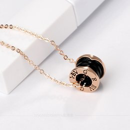 Necklaces Pendants Australia - Silver Goldl Pendants necklace White Black Ceramic circular ring bv pendant Necklace For Women Fashion Jewelry Party Gift Hot sale.