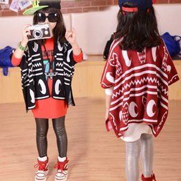 Discount baby girls red cardigan - New Girls Fashion Knitted Cardigan Children Geometry Shawl Baby Sweater Kids Outwear Autumn Sweater B001