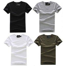 e6b320969573a Envío al por mayor-Libre Blanco Negro de moda V Cuello para hombre de manga  corta camisa de verano de algodón básico Casual tops camisetas
