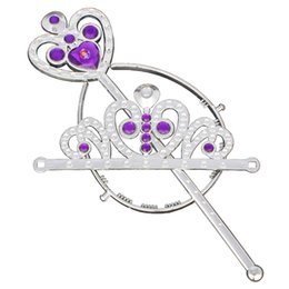 Accesorios Princesa Traje Baratos-Cartoon Crown Girls princesa Crown Headband + Magic Wand 2 unids / set accesorios de disfraces Cosplay de Halloween Queen Tiaras Princess Hair Sticks