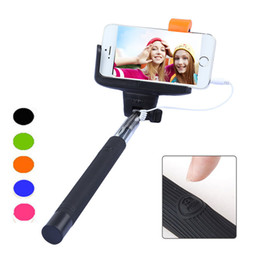 Discount carbon fiber selfie stick - Free DHL Newest Z07-7 2 in 1 Wired Selfie Stick Handheld Extendable Monopod With Buit-in Shutter For Iphone IOS Android