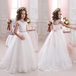 lovely cheap wedding dresses 2019 - 2016 Cheap Lovely White Flower Girls Dresses A Line Crew Neck Capped Sleeves Lace Appliqued Tulle Girls Wedding Party Dr
