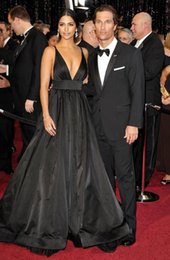 Celebrity Occasions Dresses Canada - Sexy Black Evening Dresses Ball Gown Backless Spaghetti V Neck Side Special Occasion Dresses Red Carpet Dresses Celebrity Gowns