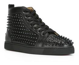 Fashion Designer Marque Clouté Spikes Flats Chaussures Chaussures Bas Rouge Pour Hommes et Femmes Party Lovers Véritables Sneakers En Cuir