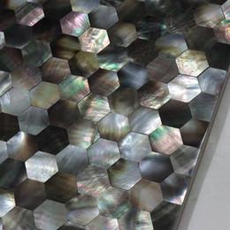 шестиугольник шаблон Blacklip оболочки плитки, естественный цвет СС оболочки бесшовные мозаики плитки, ванной уборная настенная плитка кухня плинтус плитка # MS146 на Распродаже