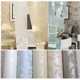 Wholesale designing wallpaper for sale - Group buy Luxury flock non woven glitter metallic classic silver damask wallpaper design modern textured wallcoverings vintage wall paper