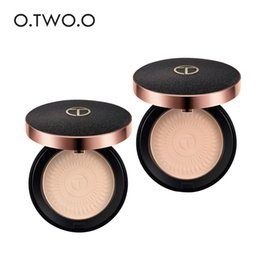 powder natural Canada - O.TWO.O Natural Make Up Face Powder Foundations Oil-control Brighten Concealer Whitening Pressed Powder With Puff 6054