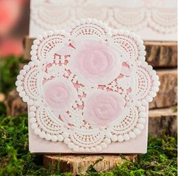 $enCountryForm.capitalKeyWord Canada - Romantic Lace Wedding Gift Box Elegant pink  red Luxury Decoration Laser Cut Party Sweet Favors Guest Gift Wedding Paper Candy Boxs THZ169
