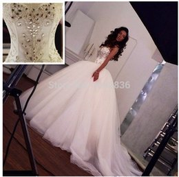 Wholesale strapless bandage wedding dress modern resale online – 2015 Sparkling Ball Gown Wedding Dresses Crystal Sexy Luxury Big Train Bandage Wedding Dresses Ball Gown Tulle Strapless Vestido De Renda
