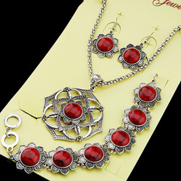 blue flowers set necklace earrings Canada - 3pcs(1set) Natural Red Flower Turquoise Earrings Bracelet Necklace Antique Silver Vintage Jewelry Set for Women Retro A1019